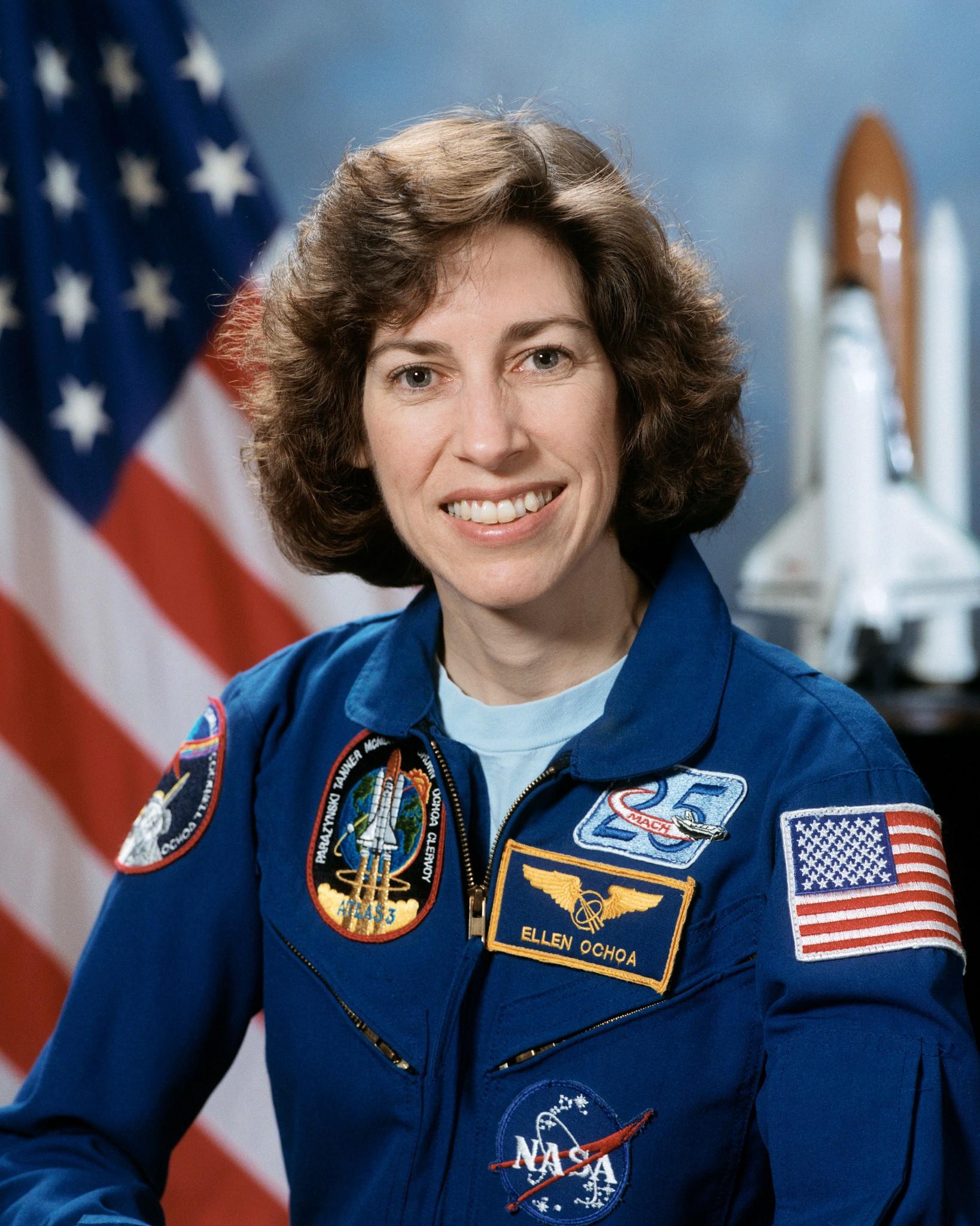 Ellen Ochoa, Woman of Discovery